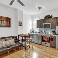 Modern Contemporary-Style 2Bd Apt by ACT, hotel in South Philadelphia, Philadelphia
