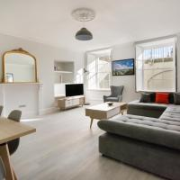 Luxury 2 bedroom Clifton flat with free parking