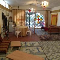 אוהל השלום, מלון בכפר רות
