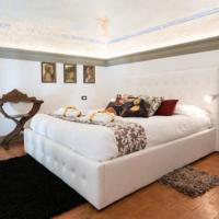 White Suite Florence