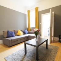 MODERN CITY STAY CLOSE To ROKER BEACH, AMENITIES AND TRAVEL LINKS ALL AROUND