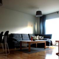 Large Apartments - StayWest、ボルガルネースのホテル