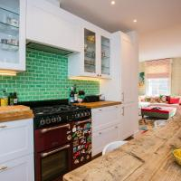 Quirky 2 Bedroom Portobello House With Roof Terrace