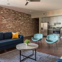 Downtown Louisville Apts with Wifi by Frontdesk