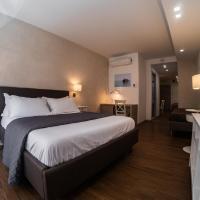 Prestige Rooms Chiaia, hotel in Naples