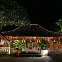 The Nalaya Hotel & Resto, hotel di Borobudur