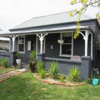 Welcome Stranger Cottage, hotel in Maryborough