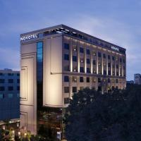 Novotel Chennai Chamiers Road, hotel in Chennai