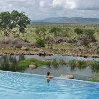 Four Seasons Safari Lodge Serengeti، فندق في Banagi