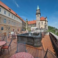 EA Zamecky Hotel Hruba Skala, отель в городе Груба-Скала