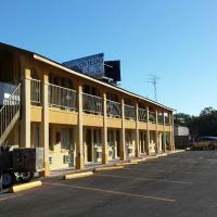 Carefree Inn Flatonia, hotel in Flatonia