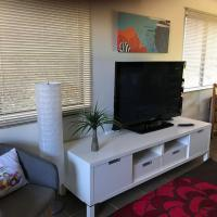 Central Gold Coast 3 Double Bedroom Apartment