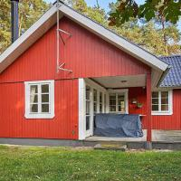 6 person holiday home in Aakirkeby, hotel in Vester Sømarken
