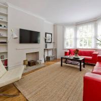 Gorgeous 3-bed garden flat beside Battersea Park