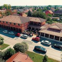 Corvin Pension and Restaurant, hotel v Veľkém Mederu