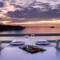 The Cliff Reflections - Adults Only, hotel en Megalokori