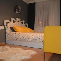 2 + 1 APARTMENT IN THE SITE, hotel near Ankara Esenboga Airport - ESB, Ankara