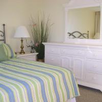 Seaside 3702 Condo, hotel in Romar Beach