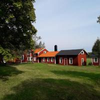 Das Traditionshaus von 1860, Familienferienhof Sörgården 1, Åsenhöga, Ganstorp, hotel in Granstorp