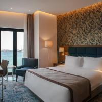 Holiday Inn Istanbul - Tuzla Bay, отель в Тузле