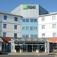 Holiday Inn Express Leigh - Sports Village