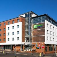 Holiday Inn Express Harlow, hotel in Harlow