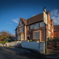 The Beacon & Railway Hotel, hotel in Stonehouse