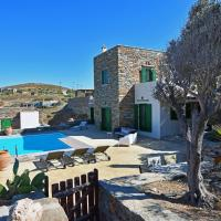 Family villa with a swimming pool and sea view in the area of Otzia