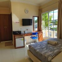 Hulhan'gu Lodge, hotel in Himmafushi