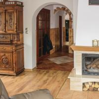 Four-Bedroom Holiday Home in Wolin – hotel w mieście Wolin