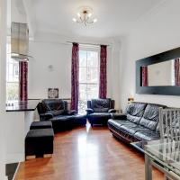 Beautiful Mid-Terraced 2-Bed Queensway Apartment