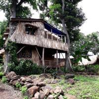 El Bamboo Tree House