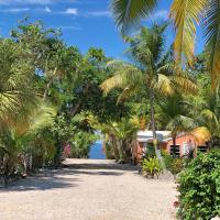 The Pelican Key Largo Cottages, hotel in Key Largo