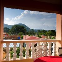 Casa Estrella y Celestino, hotel in Viñales