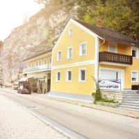 Ferienwohnung zum Donaublick, hotel u gradu Kelhajm