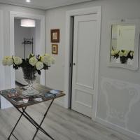 Apartamento La Estambrera II con Desayuno Wifi y Aire Acondicionado incluido