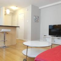 Central & Quiet Apartment