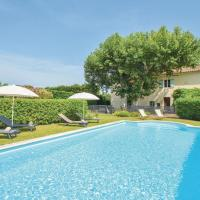 Stunning home in Chateaurenard w/ Outdoor swimming pool, WiFi and Outdoor swimming pool