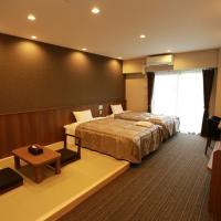 The Base Sakaihigashi Apartment Hotel / Vacation STAY 48447, hotel in Sakai