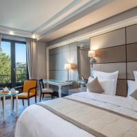 Ambassadori Tbilisi Hotel: Tiflis'te bir otel