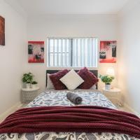 Cozy Duplex Home 3 Bdrms 1 Bath Sleeps 6, hotel em Glenfield