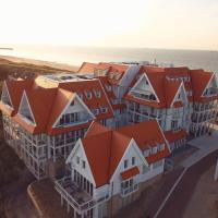 Familie beachhuis op de duinen (Duinhuis), hotel in Cadzand