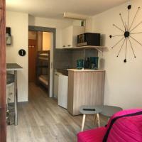 STUDIO Pied des pistes, 4 pers, hotel in Valfréjus