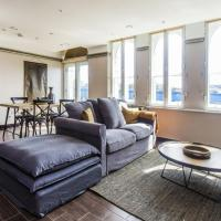 Luxury Apartment by Thames River
