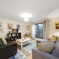 2 Bed Chic Apartment near Shoreditch & Liverpool St FREE WIFI & PARKING by City Stay London