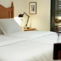 Hostal Can Maret, hotel in Fallinas
