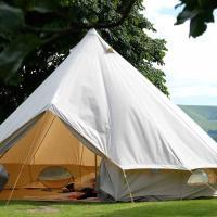 Manx Tents, hotel in Ballasalla