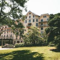 Terres de France - Appart'Hotel le Splendid, hotel in Allevard