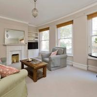 Charming 2-Bed Fulham Apartment, 5 Mins from Tube