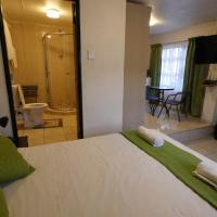 1 Bed Apartment inside Thula Du Estate, hotel in Mbabane
